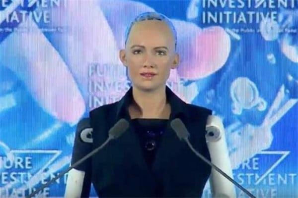 یک ربات شهروند عربستان شد